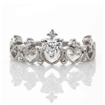 BRITISH Lady Tiara